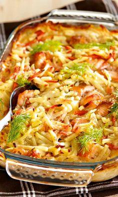 Kirjolohi-kasviskiusaus | Maku Fish Recipes, Seafood Recipes, Chicken Recipes, Dinner Recipes, Cooking Recipes, Grilled Chicken Pasta, Good Food, Yummy Food, Food Inspiration