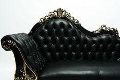 【美しいスタイルのロココ調ソファ】アンティーク調ソファ カウチソファ ブラック 本革 ゴールドポイント(品番:1073-L-8GL6B) - アンティーク調ソファ・白家具を中心とした店舗什器ならビビアンドココ