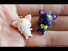 I have a new tutorial in collaboration with the talented Sweet Cute Tamy. We decided to do a Sailor Moon theme. I made these Chubby Chibi Luna/. Polymer Clay Cat, Polymer Clay Animals, Polymer Clay Projects, Polymer Clay Charms, Polymer Clay Creations, Clay Crafts, Luna Y Artemis, Sailor Moon Crystal, Biscuit