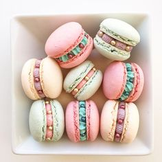 Macarons by Posh Little Cakes Cute Desserts, Delicious Desserts, Dessert Recipes, Yummy Food, Kreative Desserts, Macaroon Cookies, Pink Cookies, Cute Baking, French Macaroons