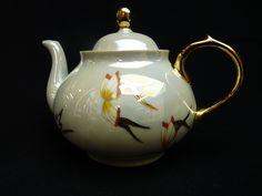 #Tea Pot Butterfly. Hand painted by Isabelle Lafargue. Enhanced with fine gold. #Théière Papillons. Création Isabelle Lafargue. Peinte à la main et ornée d'or. www.labutte.com #teapot #theire #finegold #or #the #tea #wedding #mariage #limoges #porcelaine #isabellelafargue #labutte #christmas #noel #gift #cadeau #papillon #butterfly