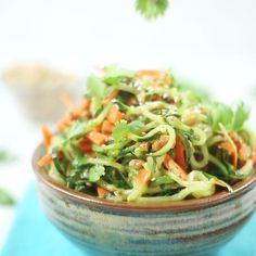 Carrot And Cucumber Noodle Salad How to make a thai-inspired salad using zucchini and carrots.How to make a thai-inspired salad using zucchini and carrots. Detox Recipes, Raw Food Recipes, Asian Recipes, Vegetarian Recipes, Cooking Recipes, Healthy Recipes, Vegetarian Dish, Dinner Recipes, Vegan Cru