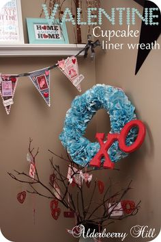 Cupcake Wreath...Valentine Edition!!  Could be changed around for any occasion.  Very cute and simple, looks great.