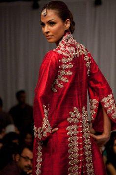 Nida Azwer 2013 Debut Fashion Show Collection
