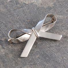 Bow Sterling Silver Ribbon Brooch