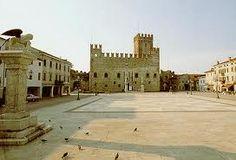 Marostica, Piazza degli scacchi  (chessboard square)