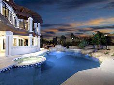 Arizona home. looks peaceful