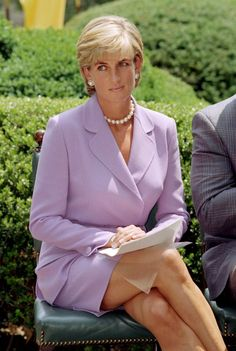 Princess Diana Fashion Photos — Princess Diana Best Outfits