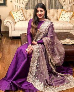 me ns Sterling Silber Zirkonia Ringe Shadi Dresses, Pakistani Formal Dresses, Pakistani Party Wear, Pakistani Wedding Outfits, Pakistani Dress Design, Pakistani Bridal, Bridal Outfits, Indian Dresses, Indian Outfits