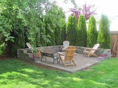Diy patio/fire-pit idea. Surround seating. Center firepit