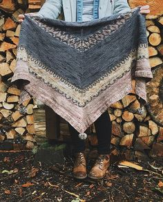 Ravelry: Kodikas pattern by Caitlin Hunter
