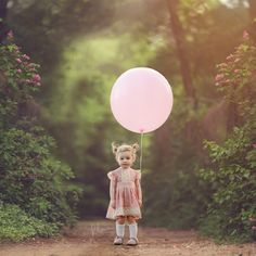 Chair Photography, Summer Photography, Children Photography, Photography Ideas, Big Balloons, Digital Backgrounds, Digital Backdrops, Fall Pictures, Photoshop Elements