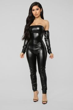 Soothe Faux Leather Jumpsuit - Black # Casual Outfits going out blouses Love Me Latex Pants - Black Leather Jumpsuit, Black Jumpsuit, Black Pants, Leather Overalls, Leather Catsuit, Mode Latex, Outfit Zusammenstellen, Latex Pants, Botas Sexy