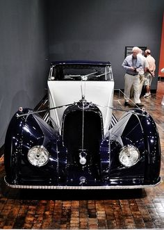 1934 Voisin Type C27 Maintenance/restoration of old/vintage vehicles: the material for new cogs/casters/gears/pads could be cast polyamide which I (Cast polyamide) can produce. My contact: tatjana.alic@windowslive.com