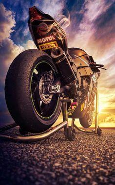 Ideas Bike Helmet Women Motocross For 2019 Chopper Motorcycle, Motorcycle Bike, Motocross Bikes, Moto Wallpapers, Gp Moto, Motorcycle Wallpaper, Zx 10r, Sportbikes, Street Bikes