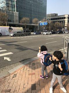 Sehun and Kids Cute Asian Babies, Korean Babies, Asian Kids, Cute Babies, Mode Ulzzang, Ulzzang Kids, Ulzzang Couple, Cute Family, Baby Family
