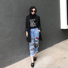 Smile of Love Hijaber Sweety - Malaysian Hijjabi Modern Hijab Fashion, Muslim Women Fashion, Street Hijab Fashion, Hijab Fashion Inspiration, Ootd Fashion, Fashion Outfits, Fashion Trends, Hijab Jeans, Ootd Hijab