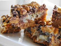 Vegan Everything Bars! pb, butterscotch, dark chocolate, coconut, pecans over vanilla wafers