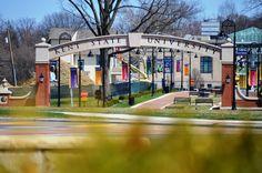 Esplanade Kent State University, Modern Buildings, Ohio, Environment, Mansions, Landscape, Architecture, House Styles, Places