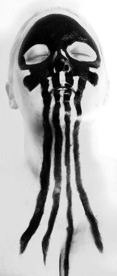 http://skullappreciationsociety.com/wp-content/uploads/2012/10/skull-face-paint-jellyfish.jpg