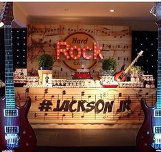 Festa tema Rock por @ianelli_festas, adorei! #kikidsparty