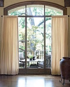 Atlanta is the largest of The Curtain Exchange stores specializing in quickly-made custom curtains, shades and hardware.  1082A Huff Road, NW Atlanta, GA 30318  (404) 352-8849 www.thecurtainexchange.com