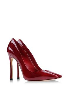 Casadei varnished effect pump