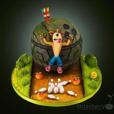 Crash bandicoot - bowling party! #crashbandicoot #bowling #instacake #cake #cherrycakeco #wumpafruit