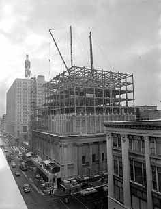 Minneapolis Federal Reserve Bank, Looking northwest along Marquette Avenue 1955