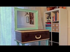 In Episode 2 of Re:create (http://recreate.about.com), host Corinne Leigh teams up with Mark Montano to turn a vintage suitcase into a sit-down vanity.  Visit Re:create Site: http://recreate.about.com Watch Mark Montano Interview: http://video.about.com/recreate/Mark-Montano.htm See full instructions: http://video.about.com/recreate/episode-2-bu...