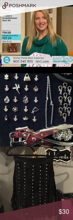 Slinkets 173 Piece Clothing Embellishment Kit!! As seen on QVC, Slinkets is the way to create your own custom clothing! No scissors, glue, or sewing necessary! Everything you need is in the kit!! Slinkets Accessories