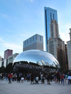 Some local suggestions mixed in with a little sightseeing gave us an awesome Chicago experience! Here are my recommendations for a weekend in Chicago. Chicago Beach, Chicago Vacation, Visit Chicago, Chicago Travel, Chicago Usa, Chicago Chicago, Chicago Skyline, Chicago Illinois, Oh The Places You'll Go