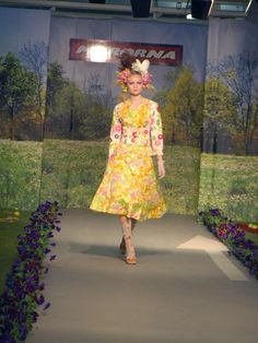 """Catwalk """"a picknick in a garage"""" by Myrorna 2008. Stylist Rebecka Cohen. In collaboration with Pretto PR and Forsbergs."""