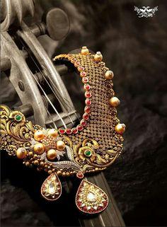Shree raj Mahal jewels