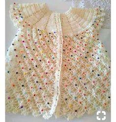 """Çok güzel [ """"Çok güzel [ \""""So pretty lacy top\"""" ] # ] # # Crochet Baby Blanket Sizes, Crochet Baby Hat Patterns, Baby Patterns, Crochet Baby Sandals, Crochet Baby Booties, Hat Crochet, Baby Hut, Pull Bebe, Baby Applique"""