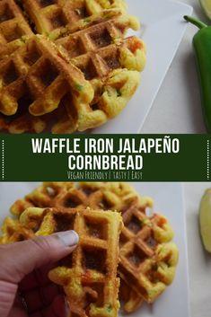 Jalapeno Cornbread Muffins, Cornbread Waffles, Vegan Cornbread, Savory Waffles, Breakfast Waffles, Mexican Breakfast, Breakfast Sandwiches, Breakfast Bowls, Waffle Maker Recipes