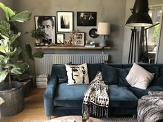It's official, we're obsessed with Kerry's Oscar corner sofa. That slice of squidge looks perfect for diving into after a long week. Blue Corner Sofas, Corner Sofa Living Room, Velvet Corner Sofa, Home Living Room, Living Room Decor, Corner Sofa Not In Corner, Blue Sofas, Blue Velvet Sofa, Diy Sofa