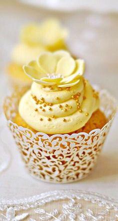 Blue yellow flower cupcakes pantone duskblue lemonzest yellow cupcakes mightylinksfo