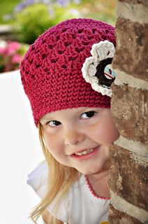Ravelry: Cotton Flapper Hat pattern by Heidi Yates - Snappy Tots. Available in sizes newborn to adult Crochet Kids Hats, Crochet Girls, Crochet Crafts, Crochet Projects, Knitted Hats, Bonnet Crochet, Crochet Cap, Crochet Beanie, Love Crochet
