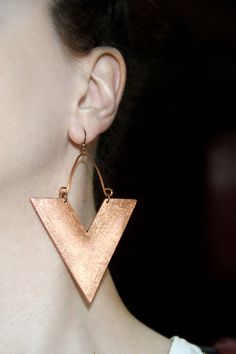 📌 Posted on Etsy : Large earrings Copper color Abstract jewelry Statement dangles Triangle earring African jewelry Big earring Dangling triangular Jewelry bold https://www.etsy.com/listing/546922782/large-earrings-copper-color-abstract?utm_campaign=crowdfire&utm_content=crowdfire&utm_medium=social&utm_source=pinterest