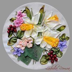 Ribbon embroidery by Ludmila R.  http://ludmila-r.com.ua/