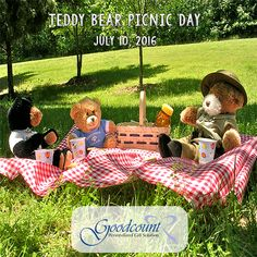 Pembrokeshire, Dumfries, Suffolk and Haworth are home to some of our favourite picnic locations. Perfect for a teddy bears picnic. Picnic Birthday, Birthday Party Themes, Birthday Ideas, Le Hangar, Picnic Blanket, Outdoor Blanket, July Holidays, Gin Tonic, Numbers Preschool