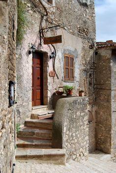 Houses in Sermoneta - Latina (Lazio) Italy