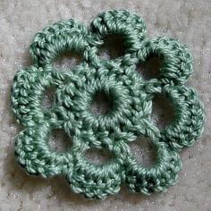 DIY Tutorial DIY Crochet Flowers / Crochet a Flower With Pull Tabs - Bead&Cord