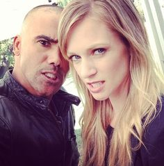 #CriminalMinds AJ Cook (L) & Shemar Moore