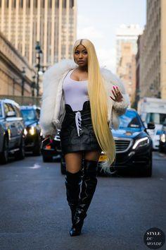 New York SS 2018 Street Style: Nicki Minaj - Sängerin big tits - baby Nicki Minaj Outfits, Nicki Minaj Rap, Nicki Minja, Nicki Minaj Barbie, Nicki Baby, Nicki Minaj Wallpaper, Donatella Versace, Nicki Minaj Pictures, Trinidad Y Tobago