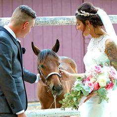 #EpicWedding 9/16/17 #MiraculousJourney #IndianSpringsRanchNevada #BarnWeddings #NVWeddings Rustic Wedding Venues, Barn Weddings, Outdoor Weddings, Indian Springs, Nevada, Horses, Animals, Animales, Animaux