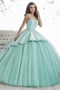2017 Scoop Ball Gown Vestidos de Quinceañera Tulle y Satén con cuentas abiertas de nuevo US$ 269.99 VEPCMBNSKX - 2016Vestido.com for mobile