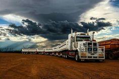 Aussie Road Trains are impressive. Heavy Duty Trucks, Big Rig Trucks, Old Trucks, Mack Trucks, Semi Trucks, Train Truck, Road Train, Sands Hotel, Truck Design