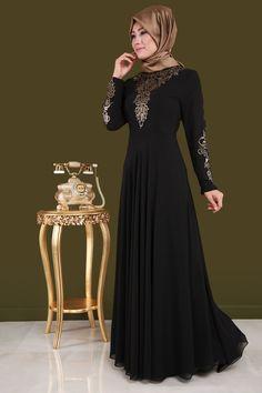** YENİ SEZON ** Feyza Varaklı Şifon Abiye Siyah Ürün Kodu: ECH7112 --> 139.90 TL Niqab Fashion, Muslim Fashion, Girl Fashion, Pakistani Dresses, Indian Dresses, Hijab Evening Dress, Oriental Dress, Hijab Trends, Abaya Designs